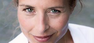 Moeder van Glas (van Roos Schlikker)